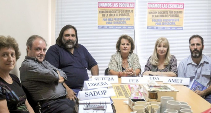 Vidal convocó este miércoles a los docentes — Paritarias en Provincia
