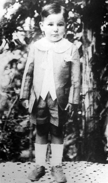 Fidel Castro con 3 años