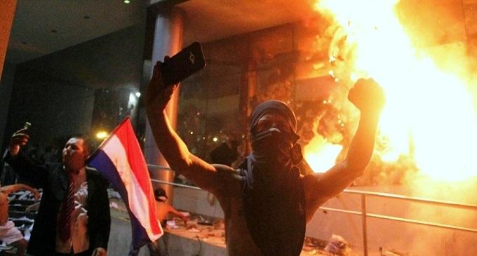 Claves para entender la crisis política en Paraguay