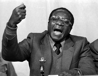 Robert Mugabe Joven