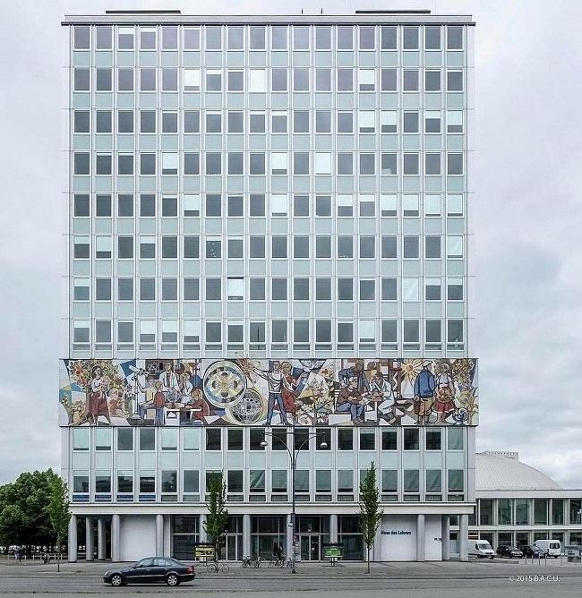 Berlín, Alemania. Casa de los maestros (1964)
