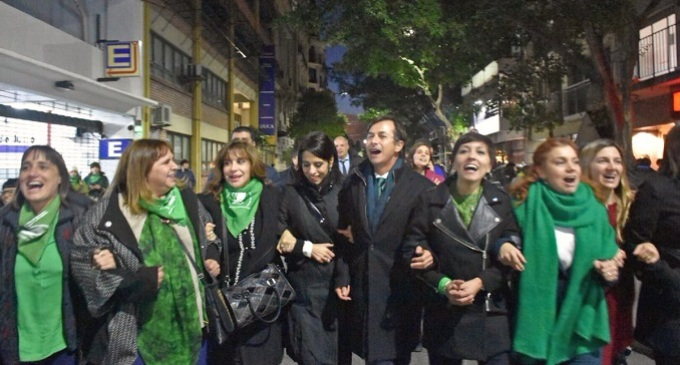 Diputadas celebraron la media sanción del aborto legal